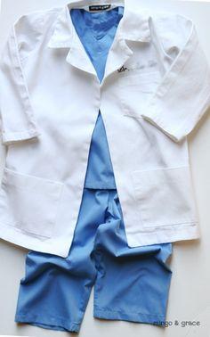 mingoandgrace.com | DIY Toddler Boy Doctor Costume