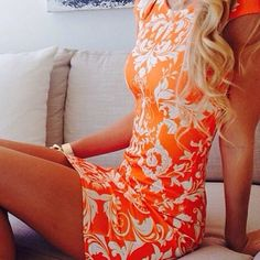 Orange Dress- Summer 2014 Trends Orange dresses are a biggie this summer Beautiful Summer Dresses, Pretty Dresses, Look 2015, Summer Outfits, Cute Outfits, Boutique Fashion, Moda Chic, Orange Dress, Orange Orange