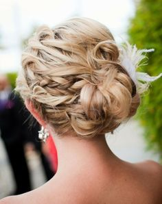 Love this up-do! #wedding #hairstyle