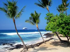 Kailua Kona, HI Perfect island town, everything you need is accesible by foot and the Locals are extremely friendly.