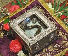 Miraculous, Decorative Boxes, Spirituality, Fathers, Saints, Icons, Parents, Santos, Dads
