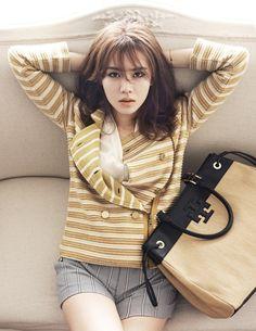 Son Ye Jin laid back style Korean Star, Korean Girl, Asian Woman, Asian Girl, Pop Fashion, Fashion Outfits, Korean Fashion Trends, Asian Fashion, Korean Actresses