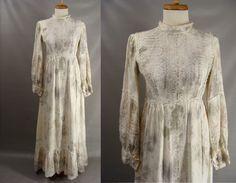$98.00 Dirty White Juliet Dress. diy 60s Zombie Wedding Dress. Post Apocalyptic Dress. Medieval Halloween Costume. OPTIONAL BLOOD. Size XS 2 3 4 by wardrobetheglobe on Etsy
