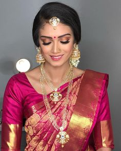 Hoow a beautiful girl she is😍😍 Makeup, hair, dressing, jewelrys by me. Manavarai saree by Indian Bridal Sarees, Bridal Silk Saree, Indian Bridal Makeup, Bridal Lehenga, Wedding Makeup, Bride Makeup, Kerala Bride, South Indian Bride, Tamil Wedding