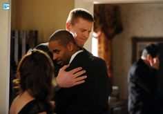 "#NewGirl 4x19 ""The Right Thing"" - Coach greets J.J. Watt (as himself) at a funeral."