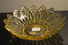 "Federal or Indiana Carnival Depression Glass ""Petal"" Yellow AMBER Dish Bowl"