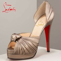 Christian Louboutin Abricot Open-toes Plates-formes Noeud
