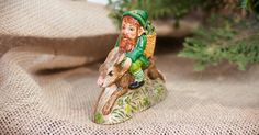 2017 Irish Santa - Irish Gnome Ridding Rabbit, VFA Nr 17017