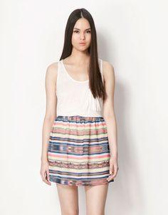 Bershka España - Vestido BSK falda estampada 20€