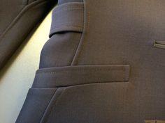 V1419 Vogue Patterns coat sewalong. Welt pocket detail.