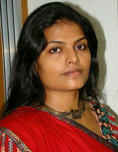 Indian Wife, Tamil Girls, India Beauty, Woman Face, Beauty Women, Cute Girls, Desi, Saree, Asdf