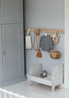 Grey-Blue Kids Room Inspiration – Home Dekor Room Color Schemes, Room Colors, Blue Bedroom, Girls Bedroom, Grey Blue Nursery, Blue Gray Paint, Blue Grey, Ideas Hogar, Little Girl Rooms