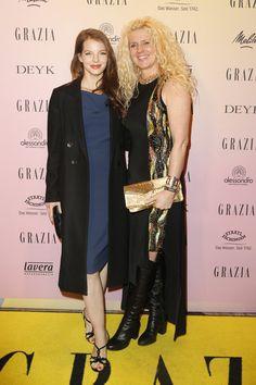 Pin for Later: Die Stars besiedeln Berlin bei der Fashion Week Yvonne Catterfeld und Klara Ahlers bei einem Event