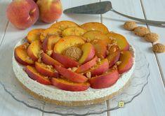 La torta fredda pesche e amaretti è una deliziosa torta senza gelatina o colla…