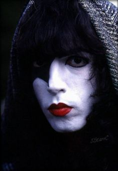 Paul ~Valencia, California…May 1978 (KISS Meets the Phantom of the Park -Magic Mountain Amusement Park) Air Date: October Paul Stanley, Rock N Roll, Kiss Without Makeup, Kiss Group, Vinnie Vincent, Kiss Images, Hot Band, Band Band, Kiss Band