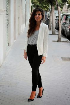 Looking stylish with business meeting outfit (55)