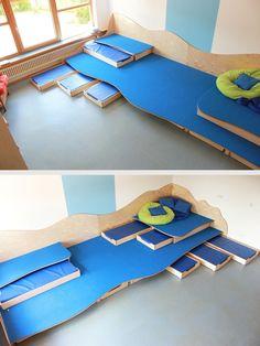 My Home Remodeling Kindergarten Interior, Kindergarten Design, Daycare Spaces, Kid Spaces, Paper Towel Crafts, Indoor Play Areas, Toddler Playroom, Playroom Storage, School Furniture