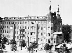 1912 Wo heute das ehemalige Telefunkenhochhaus steht,stand frueher das Hotel am Tiergarten,rechts ist die Otto-Suhr-Allee Frueher Berlinerstrasse
