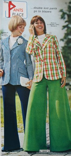What did women wear in the Learn about fashion history as worn by the average woman, teen and hippies. 70s Women Fashion, 70s Inspired Fashion, Fashion History, Wide Trousers, Clothing Patches, Checked Blazer, Hippie Dresses, Mod Dress, Blazer Fashion