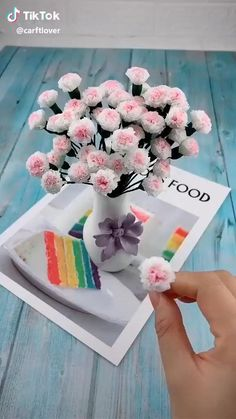Paper Flowers Craft, Paper Crafts Origami, Flower Crafts, Diy Flowers, Diy Paper, Flower Diy, Flower Video, Flowers Decoration, Oragami