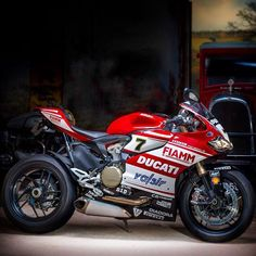 one with strip soft box (above the bike) and one with a Bowens Lumiair Octobank (to the right side) lit this Ducati Panigale photograph Ducati Desmo, Ducati Motorbike, Ducati 1199 Panigale, Racing Motorcycles, Yamaha, Moto Bike, Motorcycle Bike, Biker Love, Custom Sport Bikes