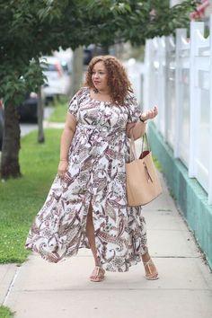 Stylish Plus-Size Fashion Ideas – Designer Fashion Tips Plus Size Fashion For Women, Plus Size Womens Clothing, Clothes For Women, Size Clothing, Plus Size Maxi Dresses, Plus Size Outfits, Halter Dresses, Curvy Fashion, Girl Fashion