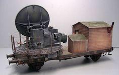 """Würzburg Flakzug"" 1/35 scale. W.I.P. By Andreas Coenen. German gun laying radar. #scale_model #diorama #WW2 https://www.panzer-bau.de/eisenbahnmodelle-1-35/w%C3%BCrzburg-flakzug-final/"