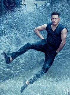 Annie Leibovitz captured Channing Tatum in a dancing-in-the-rain-inspired shoot ahead of the premiere of Magic Mike XXL in the theatres which stars actor who broke into Hollywood with his role in Step Up Movie Annie Leibovitz Portraits, Annie Leibovitz Photography, Jenna Dewan, Magic Mike, Rain Dance, Dancing In The Rain, Hot Actors, Actors & Actresses, Channing Tatum Dancing