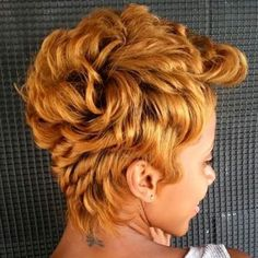 African American Golden Blonde Pixie # Braids afro curto 60 Great Short Hairstyles for Black Women # Braids afro curto Blonde Pixie, Medium Hair Styles, Curly Hair Styles, Natural Hair Styles, Short Styles, Pixie Styles, Short Black Hairstyles, Pixie Hairstyles, Pixie Haircuts