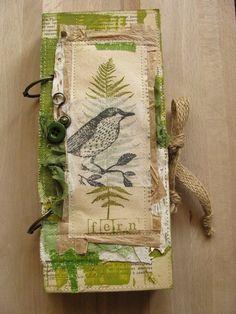 59 ideas art journal ideas inspiration mini albums for 2019 Handmade Journals, Handmade Books, Handmade Crafts, Handmade Rugs, Canvas Art Quotes, Fabric Journals, Art Journals, Winter Art Projects, Arte Sketchbook