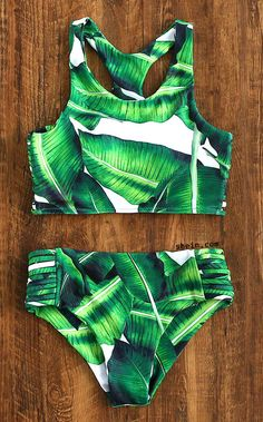 Shop Leaf Print Ladder Cutout Racer Back Tankini online. SheIn offers Leaf Print Ladder Cutout Racer Back Tankini & more to fit your fashionable needs. Plus Size Bikini Bottoms, Women's Plus Size Swimwear, Trendy Swimwear, Cute Swimsuits, Bikini Sets, Bikini Babes, Bikini Beach, Sexy Bikini, Plus Size Strand