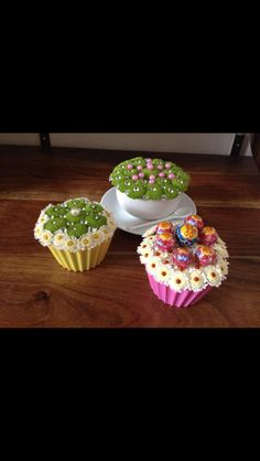 Cup cake flower arrangement