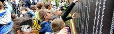 Iedere scholier een mier. In GaiaZOO hebben 10.000 scholieren ieder een bladsnijdersmier geadopteerd. > http://schoolreis.nl/archief/iedere_scholier_een_mier #schoolreis #dierentuin #educatie