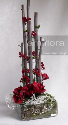 Amiflora - Zielony Serwis hobby for guys for men ideas for men projects for women lobby decor lobby diy lobby farmhouse lobby store products lobby wall art that make money to try hobby room Christmas Flower Arrangements, Modern Flower Arrangements, Christmas Flowers, Christmas Centerpieces, Christmas Wreaths, Christmas Crafts, Christmas Decorations, Christmas Ornaments, Winter Floral Arrangements