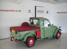 Classic Trucks, Classic Cars, Pickup Trucks, Old Trucks, Small Trucks, Electric Bike Kits, Psa Peugeot Citroen, Automobile, 2cv6