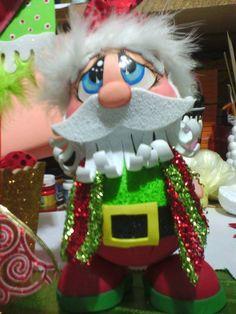 Moldes Caramelera Papa Noel Hermosa caramelera de Papa Noel en goma eva foamy, para adornar la casa o regalar en estas fiestas. Moldes Creditos | Manualida