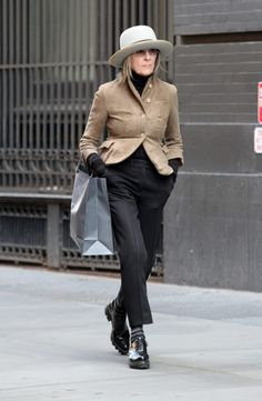 Diane Keaton                                                       …
