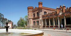 En la hacienda de San Francisco Soltepec, Tlaxcala, se filmó la película La Escondida, con María Félix y Pedro Armendáriz.