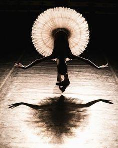 Ballet Beautiful -  Svetlana Zakharova as Giselle in Giselle (La Scala Ballet)    Pacific Northwest Ballet principal dancers Elizabeth Murphy & Lucien Postlewaite reh