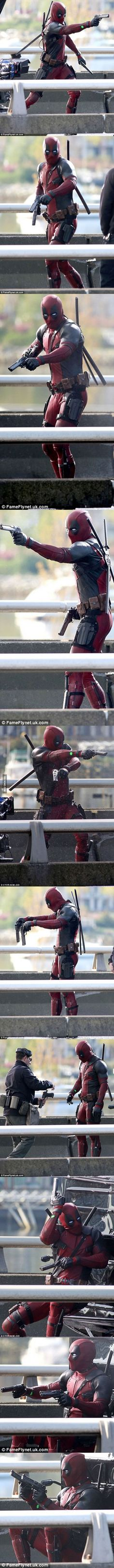 of the Deadpool movie has begun! Filming of the Deadpool movie has begun!Filming of the Deadpool movie has begun! Deadpool Und Spiderman, Deadpool Movie, Comic Movies, Marvel Movies, Marvel Dc Comics, Marvel Vs, Cosplay, Marvel Cinematic Universe, Comic Character