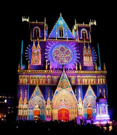 A Photo Journey Through France and Beyond: Fete des Lumieres - Festival of Lights in Lyon France Ville France, Lyon France, Colourful Buildings, Beautiful Buildings, Places To Travel, Places To Go, Monuments, Festival Image, Festivals Around The World