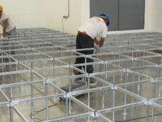 tejido de la estructura de piso técnico ( bases - cabeza - viguetas )