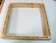 box frame with mortises Wooden Diy, Wooden Boxes, Jar Crafts, Diy And Crafts, Milk Crates, Pallet Fence, Pallet Ideas, Woodworking Ideas, Box Frames