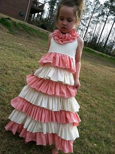 I want two of these for my girl's Easter dresses.. LOVE!