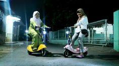 Twitter / luqmanbe: Di rumah nenek (pekalongan) ada yang nyewain skuter. Malem2 udah kaya sirkuit moto gp #pulkam5 @pulkam pic.twitter.com/be0hoxqfBN