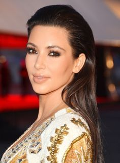 22 Best Kim Kardashian Makeup Looks - FashionCraze