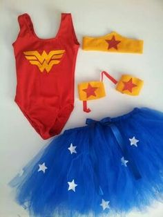 Wonder Woman Costume to Play- Disfraz de mujer maravilla para jugar Wonder Woman Costume to Play - Wonder Woman Birthday, Wonder Woman Party, Superhero Birthday Party, Girl Birthday, Tutu Costumes, Halloween Costumes, Woman Costumes, Disfraz Wonder Woman, Hero Girl