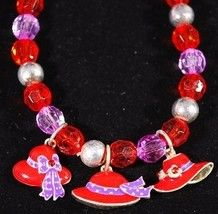 Stretch bracelet with Red amp Purple faceted beads accented with shiny silver tone round beads. All are beads. This bracelet has 3 different red hat charms to add to the special style Diy Jewelry, Jewelery, Vintage Jewelry, 3 Hat, Red Hat Ladies, Wearing Purple, Red Hat Society, Hat Crafts, Pink Hat