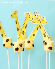 "giraffe marshmallows for the picture book ""One Word from Sofia"" Giraffe Birthday Cakes, Giraffe Birthday Parties, Giraffe Party, Jungle Theme Birthday, Baby Shower Giraffe, Jungle Party, Safari Party, Birthday Ideas, Giraffe Crafts"