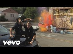 Foster The People - Don't Stop (Color on the Walls) - YouTube